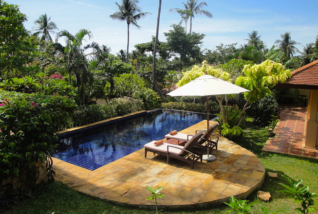 Cozy low budget family villa with 3 bedrooms for rent in Koh Samui