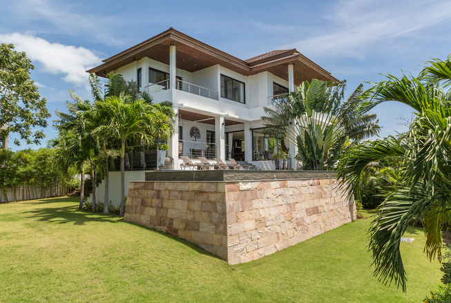 4 bedrooms villa for rent in Koh Samui (Choeng Mon)