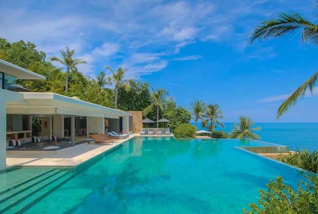 Modern seaview luxury villa with 5 bedrooms for rent on Koh Samui