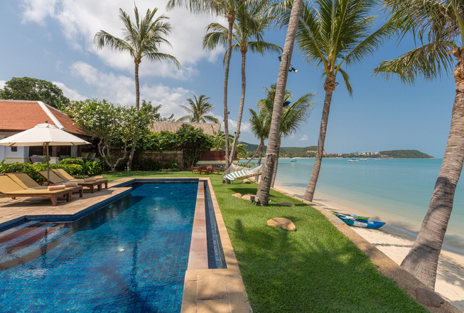 Beachfront 7 bedrooms villa in Koh Samui for rent