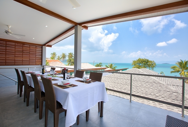 Beachfront 4 bedroom villa for rent in Koh Samui