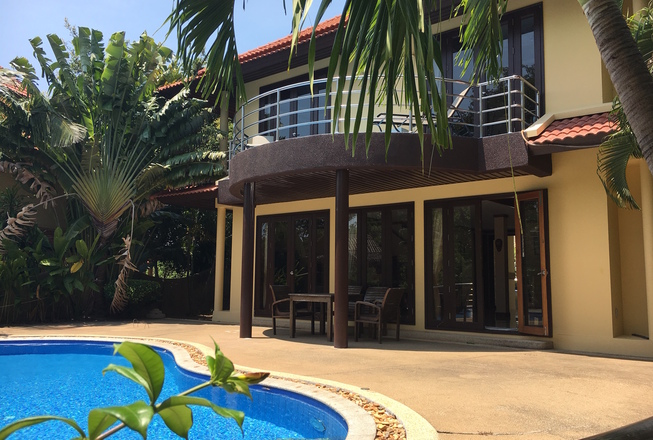 Family cheap villa for rent in Plai Laem